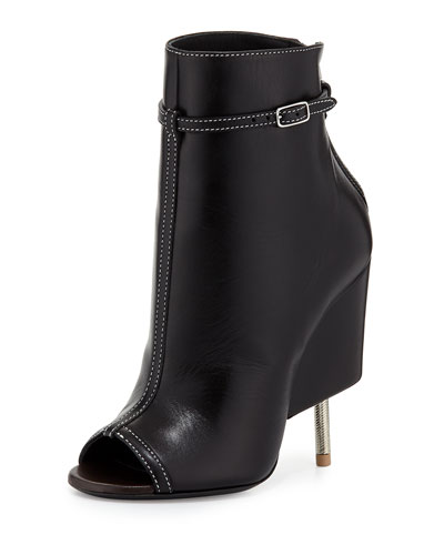 Givenchy screw heel